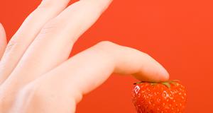 Erdbeerig